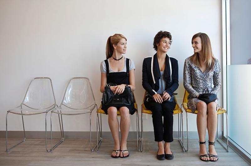 teen girls waiting applicants