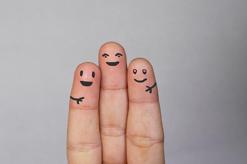 three fingers happy