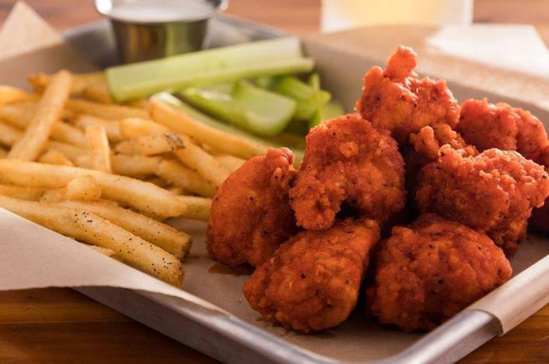 the 10 most craveable chain wings