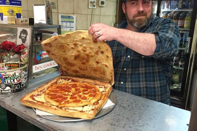 vinnies pizza box