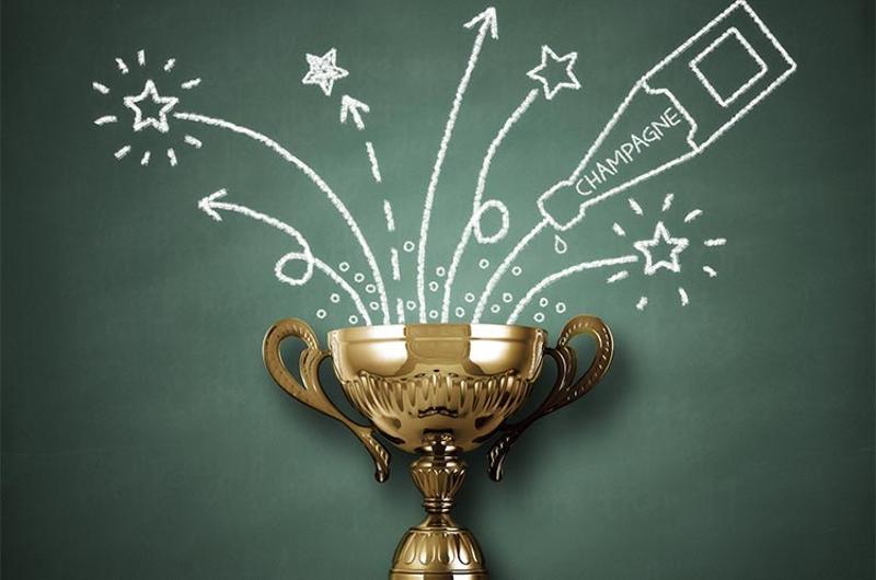 winner award trophy graphic