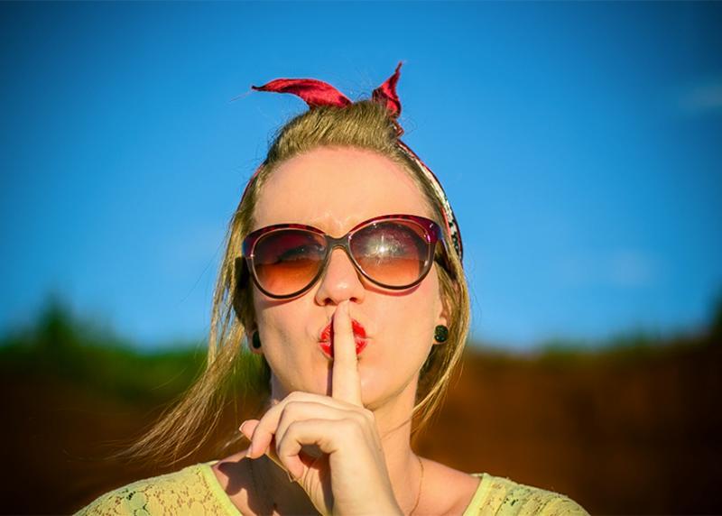 womawn quiet shush shut up