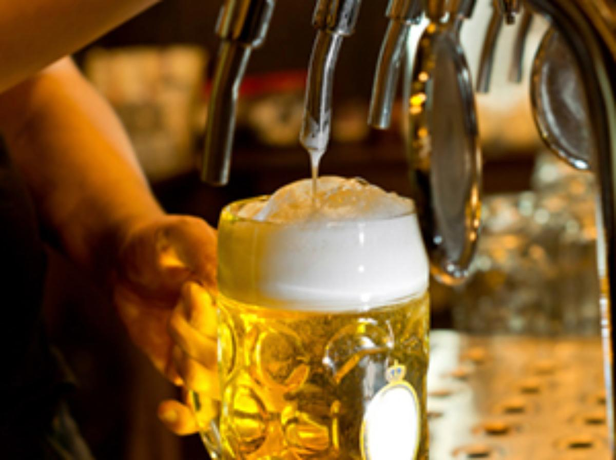 Bartender tip-out standards