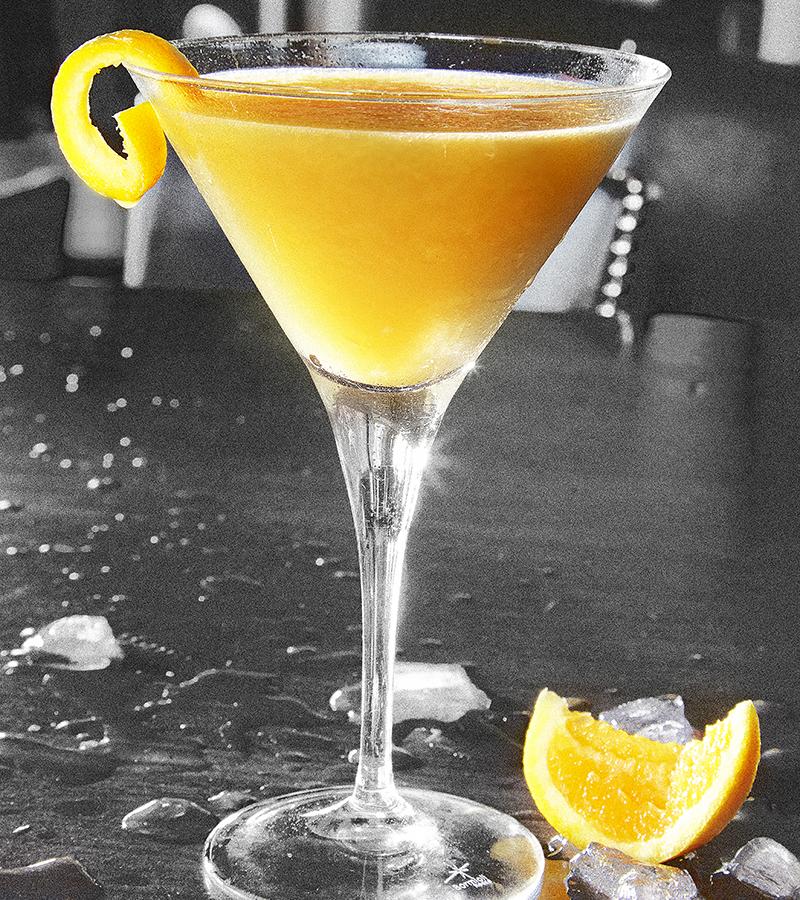 Bar Louie The Clover