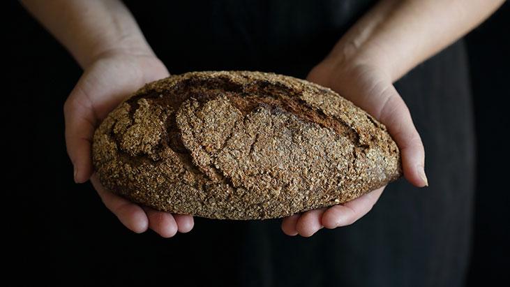 bread loaf hands