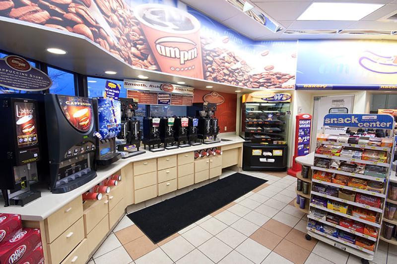 am pm convenience store