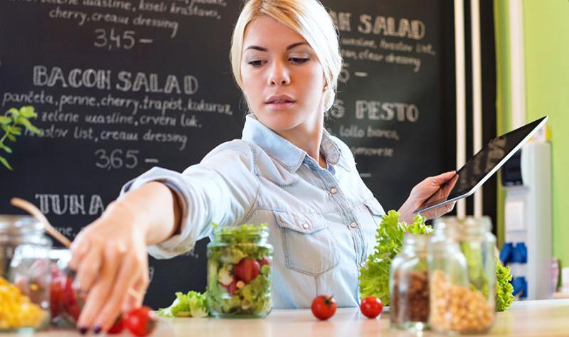 Foodservice worker