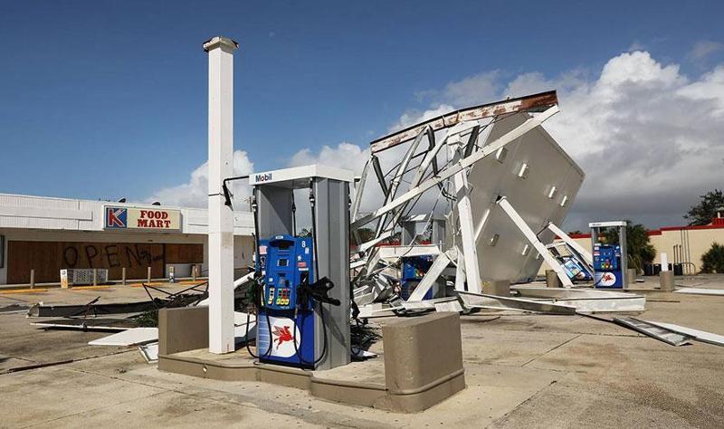 hurricane irma damage gas station