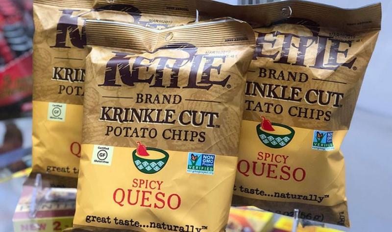 spicy queso kettle potato chips