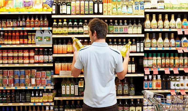 customer choosing products