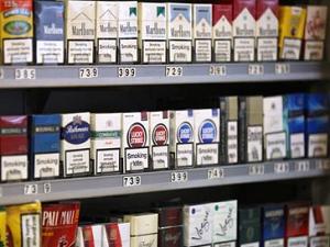 C-Store Cigarette Set