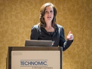 Donna Hood Crecca Technomic CRU 2016