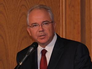 Rafael Ramirez  Petróleos de Venezuela SA (PDVSA) CITGO (CSP Daily NEWS / Convenience Stores / Gas Stations)