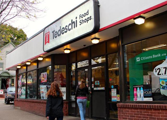 Tedeschi Food Shops convenience store 2