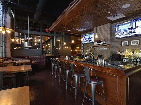 dennys bar