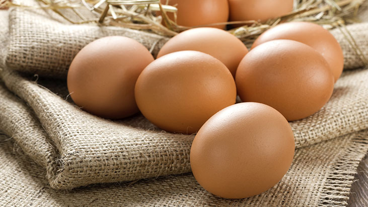 eggs burlap hay