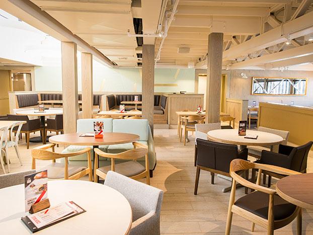 Fridays interior dining