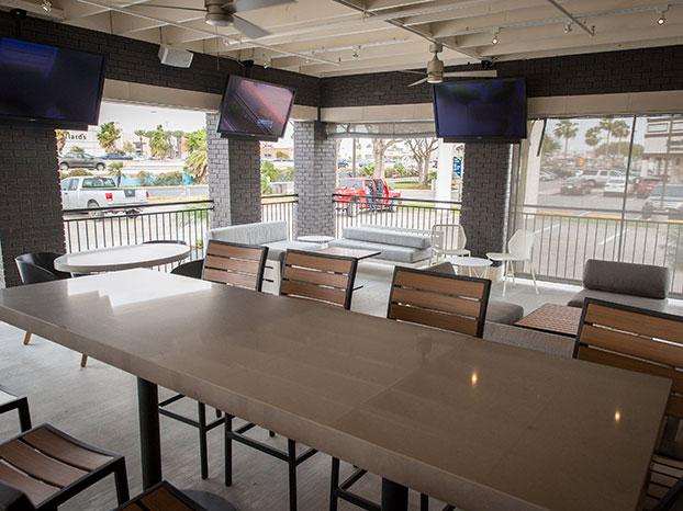 fridays patio dining tvs