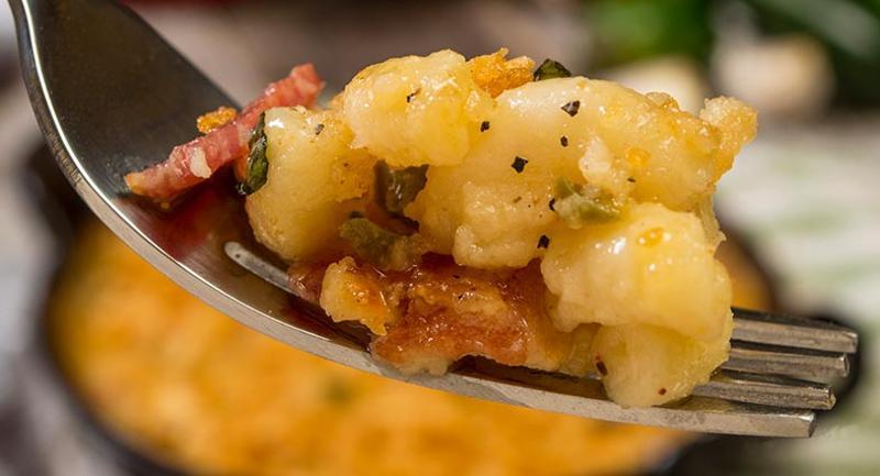 bacon jalapeno mac cheese fork