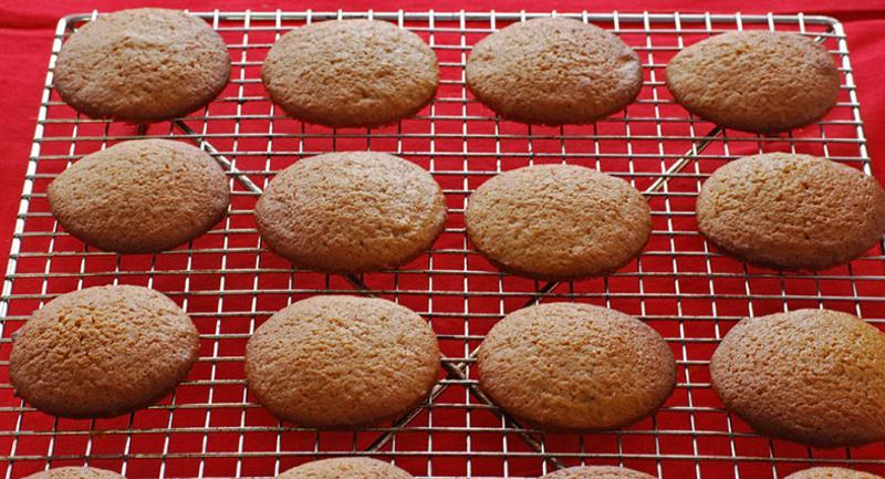 christmas whoopie cookies