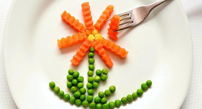 healthy flower plate food
