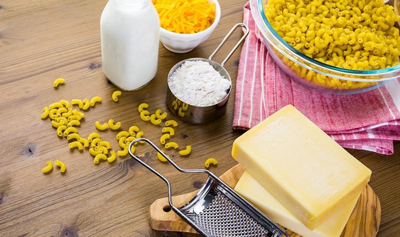 Making Nice N Easy Angry Chicken Mac N Cheese Bowl