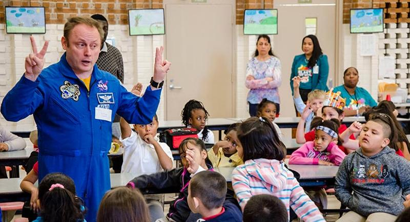 nasa astronaut lunch room