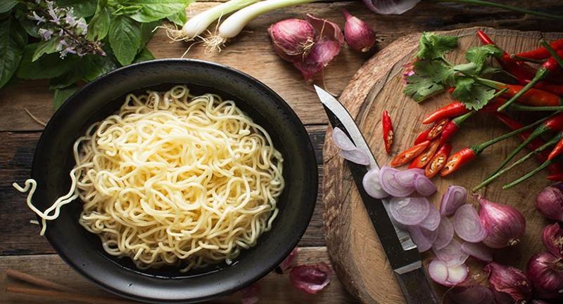 Ramen noodle bar