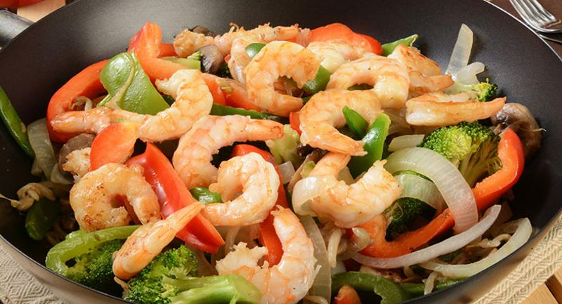 shrimp stir fry wok