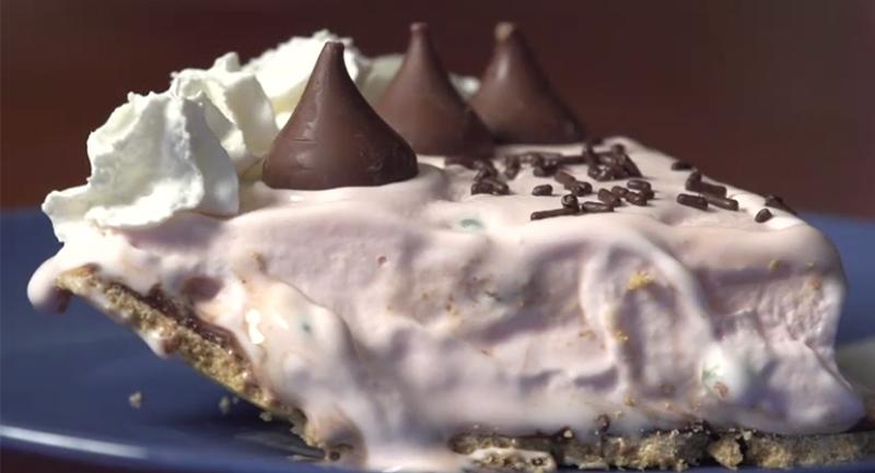 wellesley college peppermint stick pie
