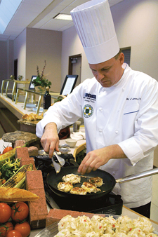 Foodservice handles diversity in job training