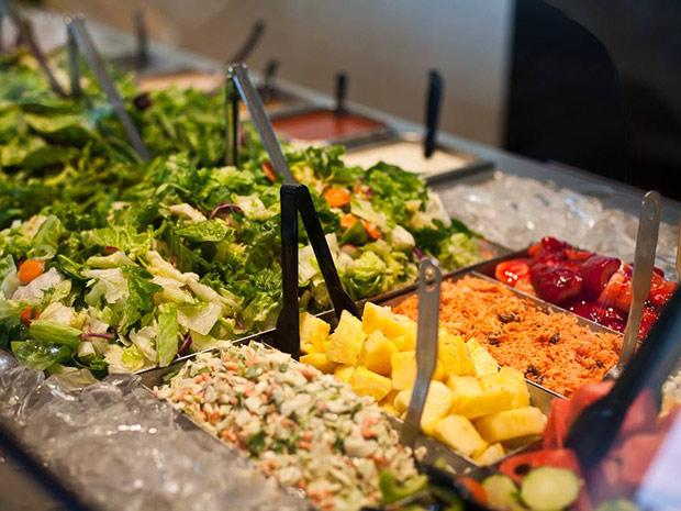 lubys salad bar