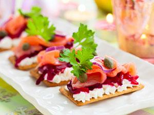 salmon cracker appetizers