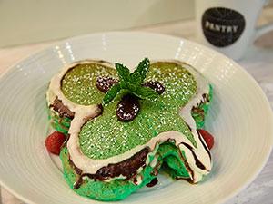 green leaf clover griddle cakes