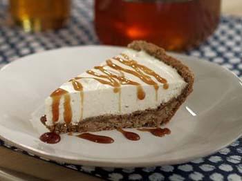 Vanilla Bean Cheesecake Pie with Honey Crust