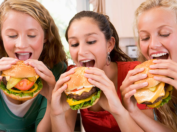 teens girls burgers