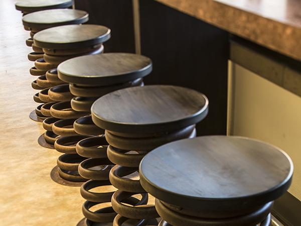 spring break stools