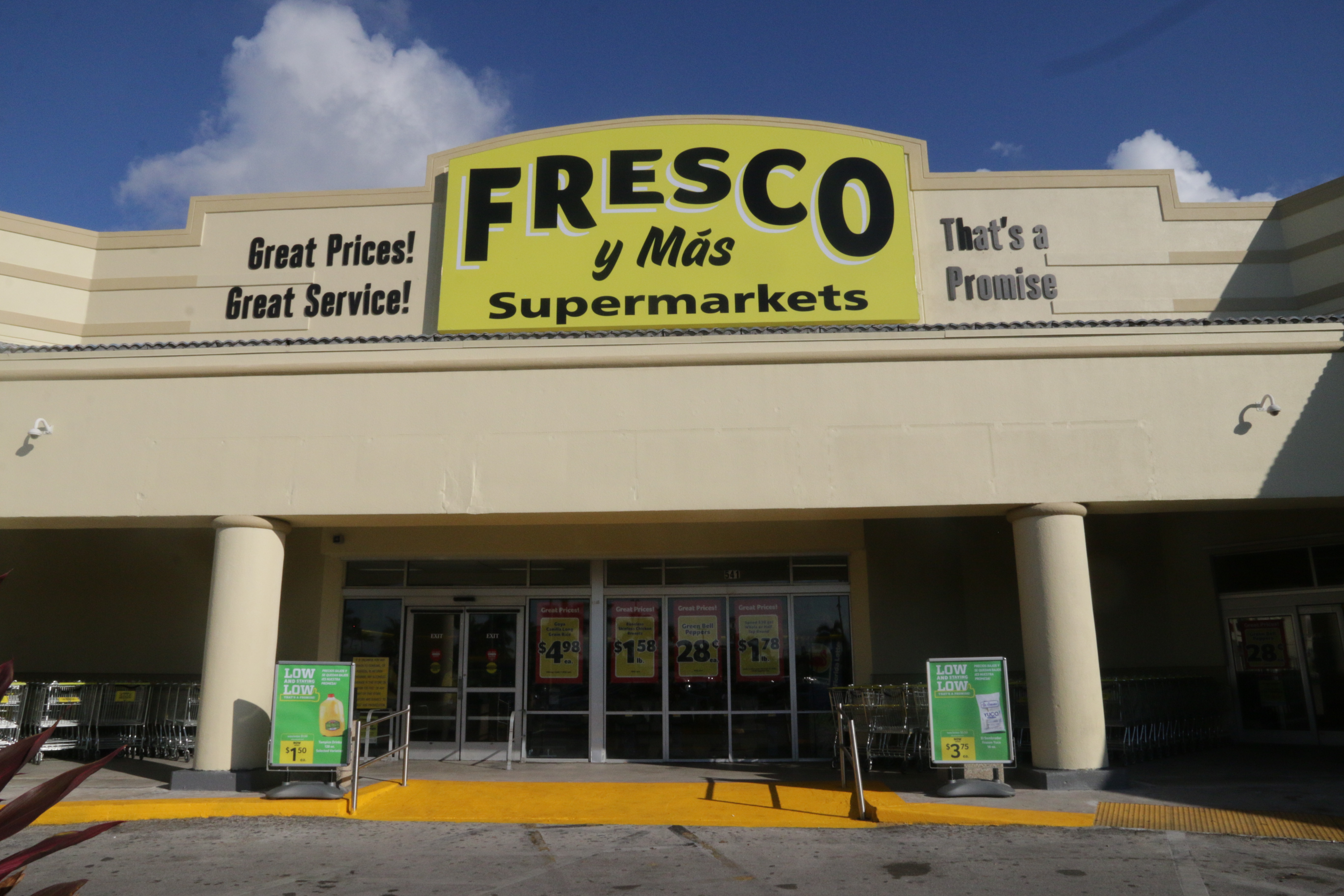 Bi Lo Stores >> Southeastern Grocers Expands Fresco y Más Stores in South ...
