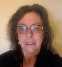Judi Reynolds headshot