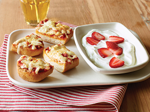 applebees kids menu strawberries pizza