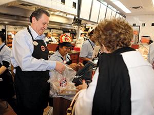 boston market employee interaction