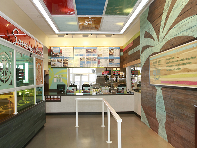 pollo-tropical-interior