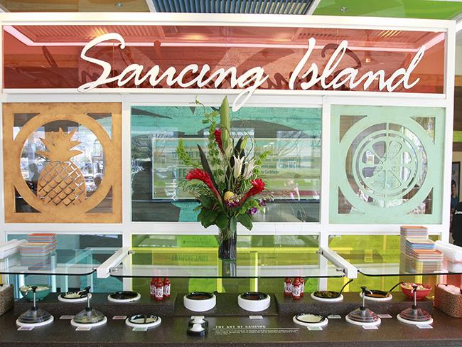 pollo-tropical-saucing-station
