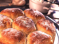 Potato-Sage Rolls with Roasted Garlic