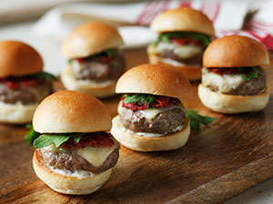 Grilled Lamb Sliders with Smoked Tomato Jam