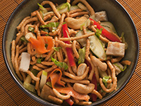 """Grilled Chicken Salad Bowl with Crunchy """"Worms"""""""