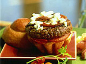 Cibo Burger with Gorgonzola and Pancetta