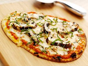 Flatbread Pizza with Romesco Sauce