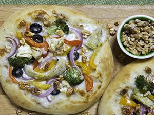 Vegetable & Walnut Pizza