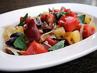 Toasted Panzanella Salad with Tomatoes and Fennel